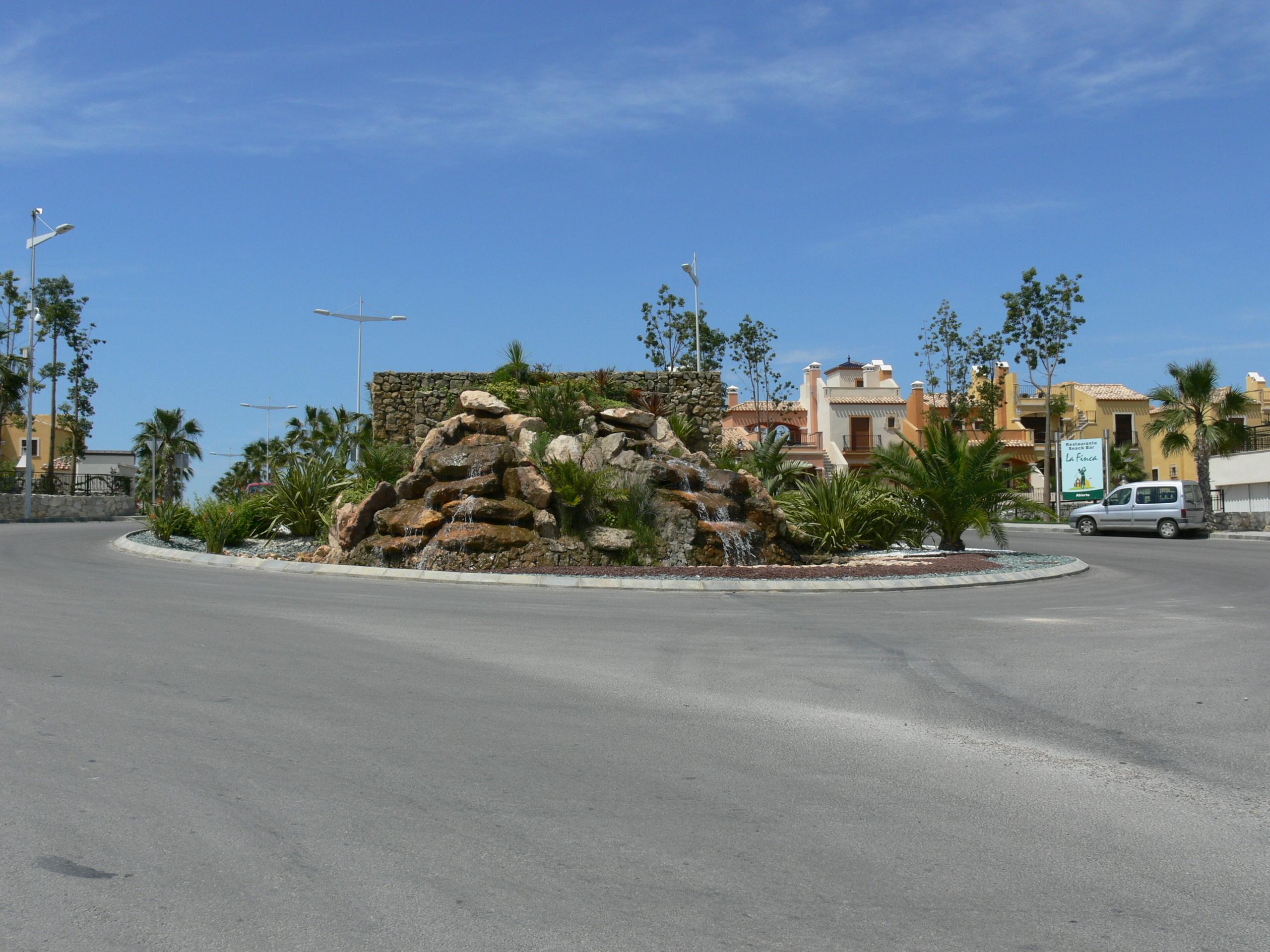 Rotonda en La Finca